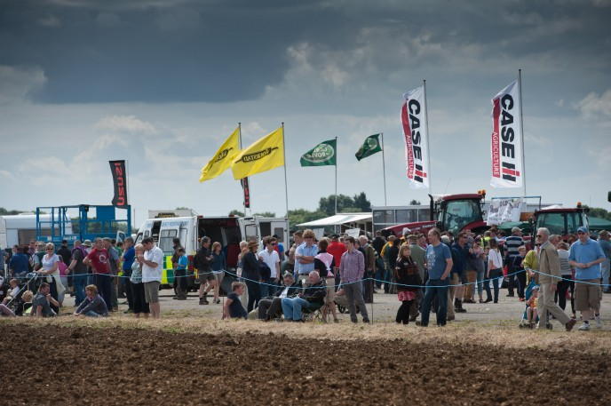 Quadtrac World record Caenby July 2012.